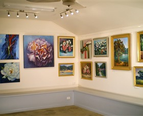 Ros McArthur Art Studio - VIC Tourism