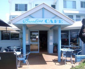 Breakers Cafe and Restaurant - VIC Tourism