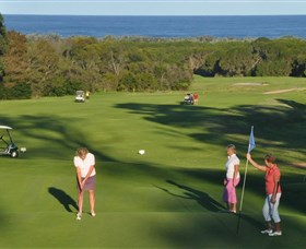 Tura Beach Country Club - VIC Tourism