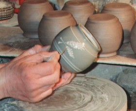 Nulladolla Pottery Group - VIC Tourism