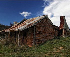 Book Keepers Cottage - VIC Tourism