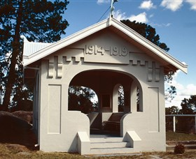 Stanthorpe Soldiers Memorial - VIC Tourism