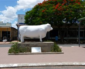 Aramac - The White Bull - VIC Tourism