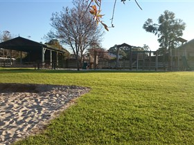 Langhorne Creek Public Playground - VIC Tourism