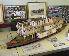 Wentworth Model Paddlesteamer Display - VIC Tourism