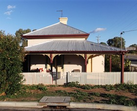 Former Customs Officers Residence - VIC Tourism