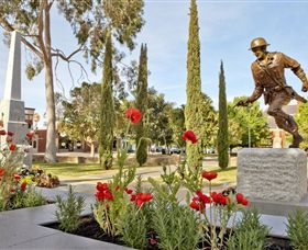 Private Robert Mactier Statue - VIC Tourism