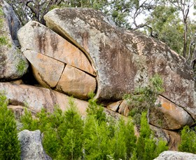 Frog Rock - VIC Tourism