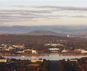 Mount Ainslie Lookout - VIC Tourism