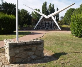 Southern Cloud Memorial - VIC Tourism