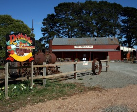 Sully's Cider at the Old Cheese Factory - VIC Tourism