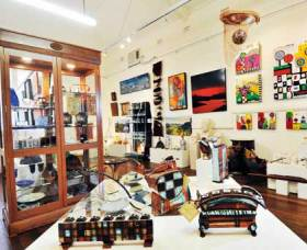 Nimbin Artists Gallery - VIC Tourism