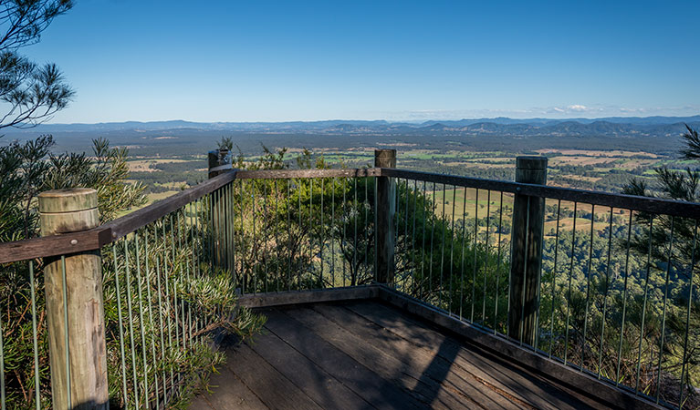 Newbys lookout - VIC Tourism