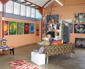 Dunghutti Ngaku Aboriginal Art Gallery - VIC Tourism