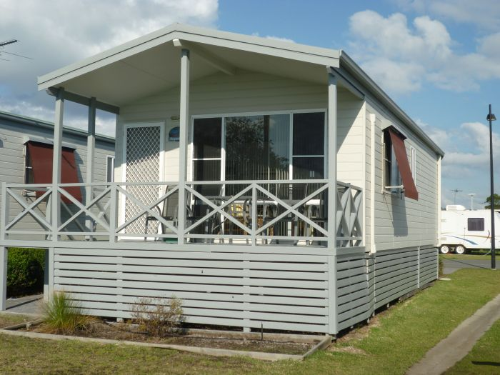 Belmont Pines Lakeside Holiday Park - VIC Tourism