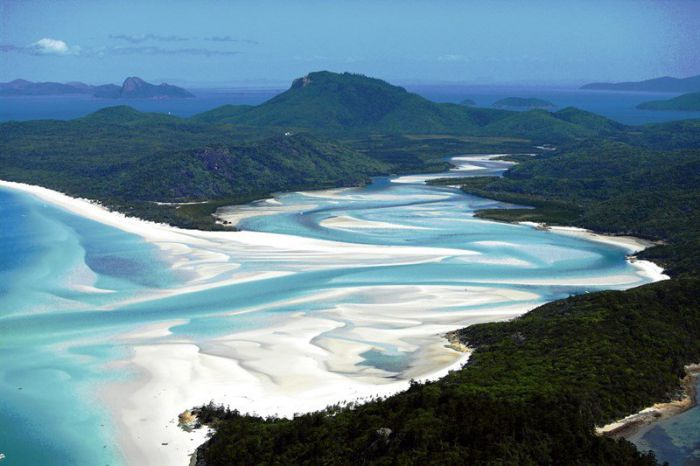 Whitsunday Peak - VIC Tourism