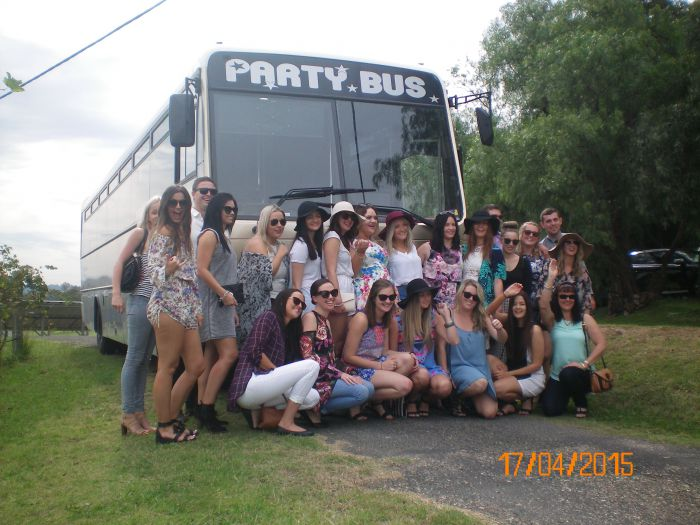 R  R Bus and Leisure Hire - VIC Tourism