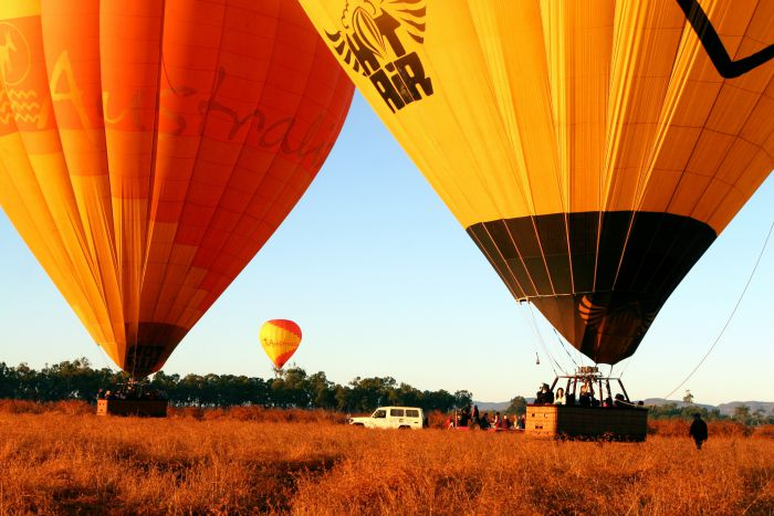 Hot Air Balloon Scenic Rim - VIC Tourism