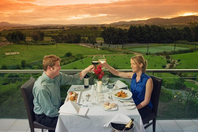 2-Day Yarra Valley Wine Tour with Luxury Vineyard Resort Stay - VIC Tourism