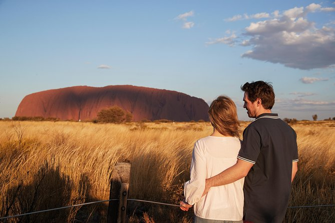 Uluru Ayers Rock Outback Barbecue Dinner and Star Tour - VIC Tourism
