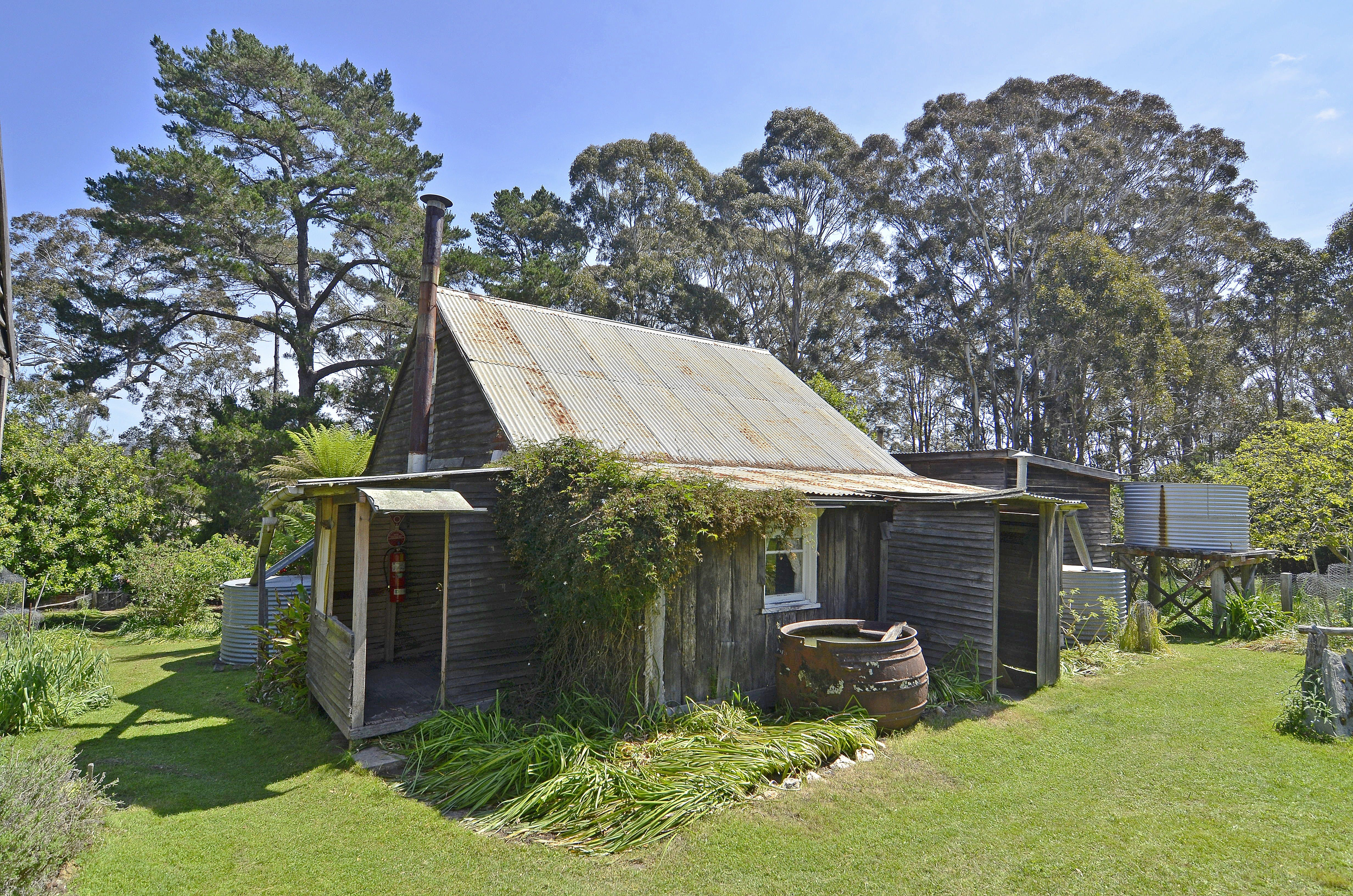 Davidson Whaling Station Historic Site - VIC Tourism