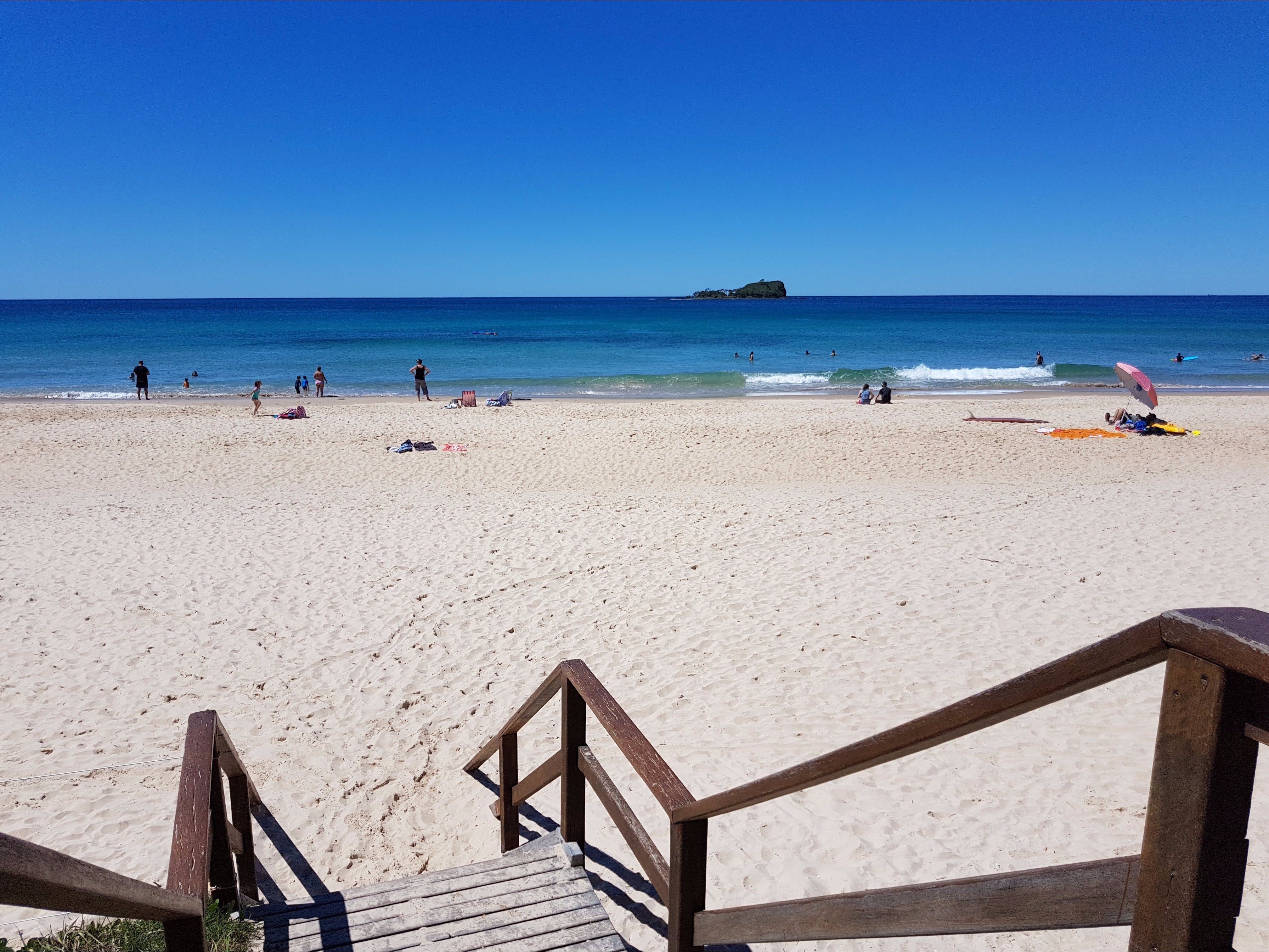 Mudjimba Beach - VIC Tourism