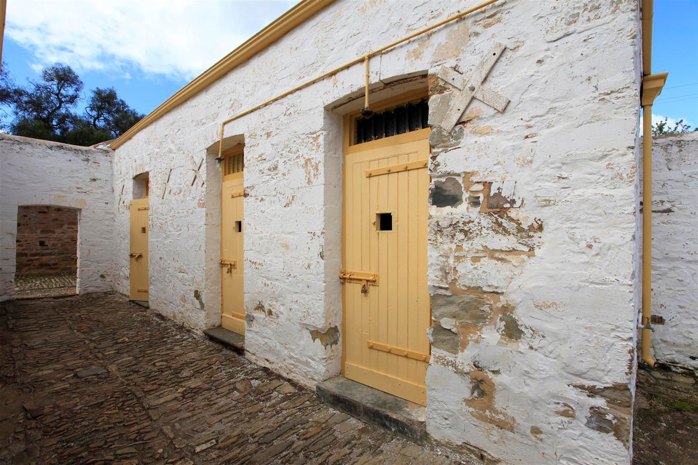 Police Lockup And Stables - VIC Tourism
