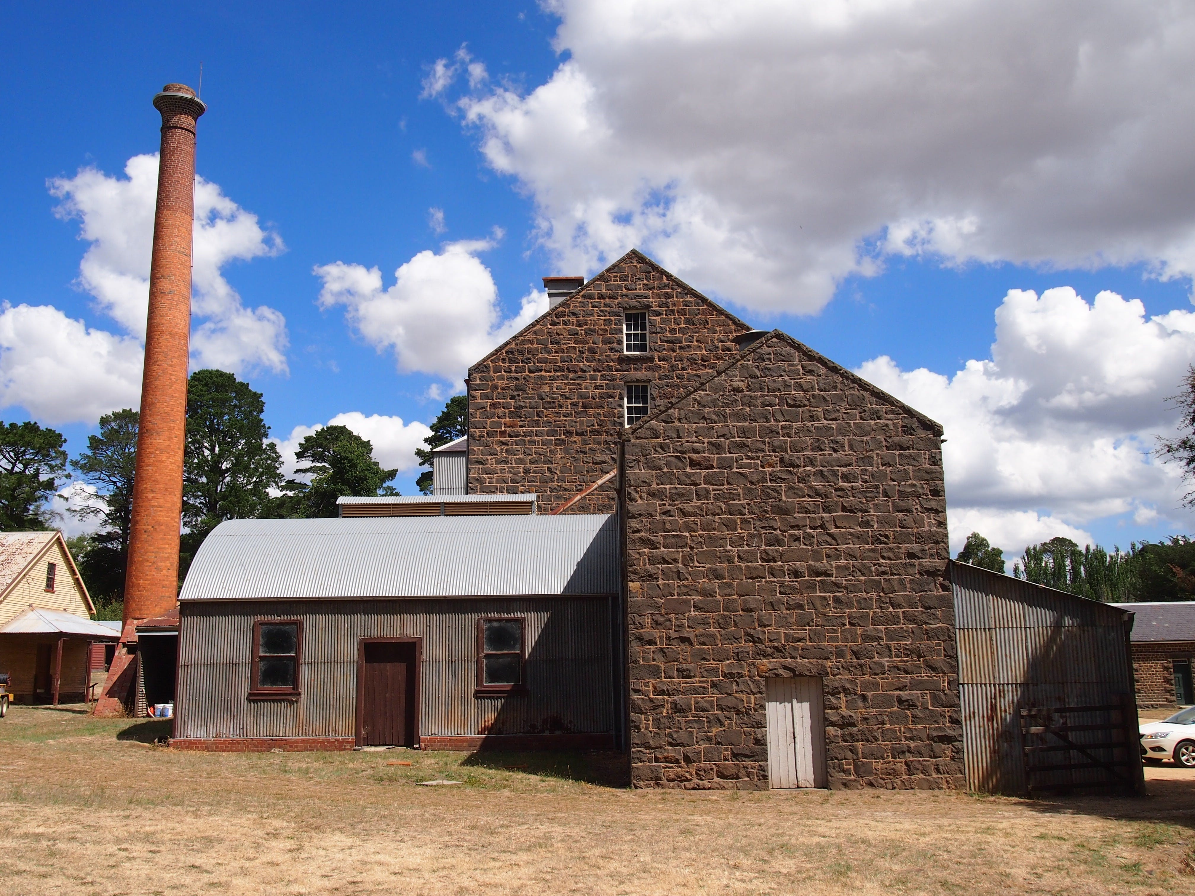 Andersons Mill Smeaton Historic Area - VIC Tourism