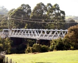 Victoria Bridge over Stonequarry Creek - VIC Tourism