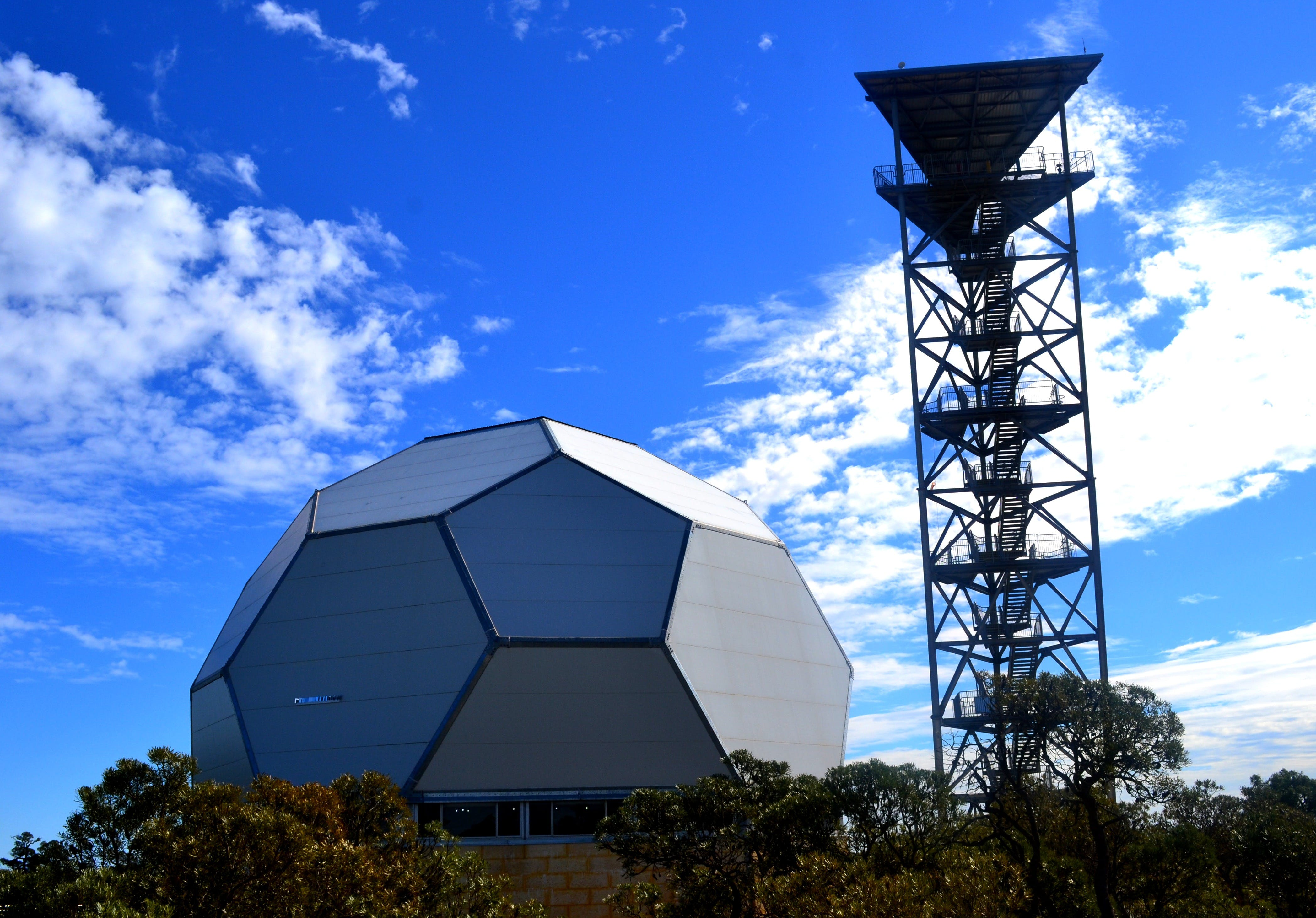 Gravity Discovery Centre and Observatory - VIC Tourism