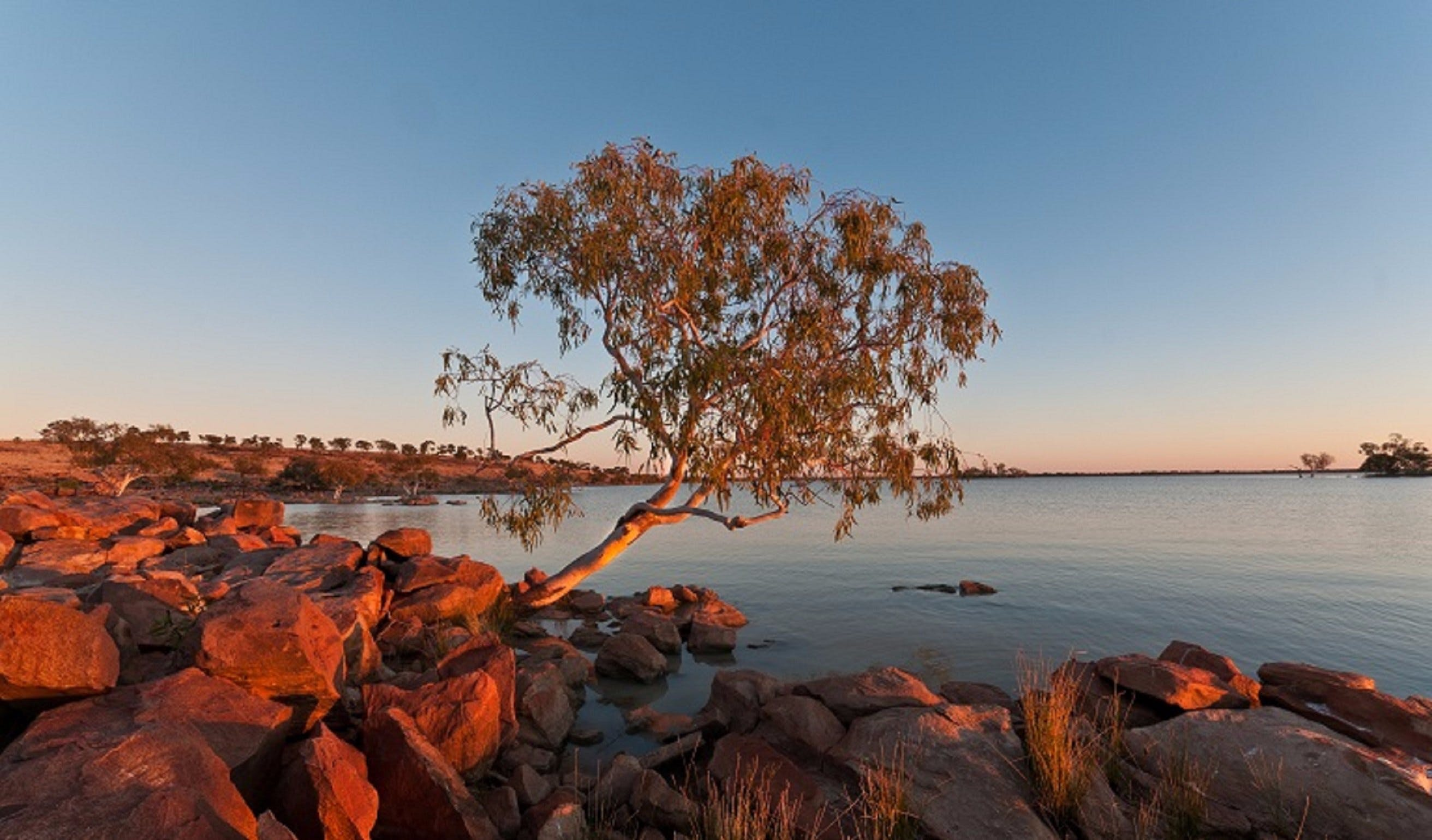 Peery Lake - VIC Tourism