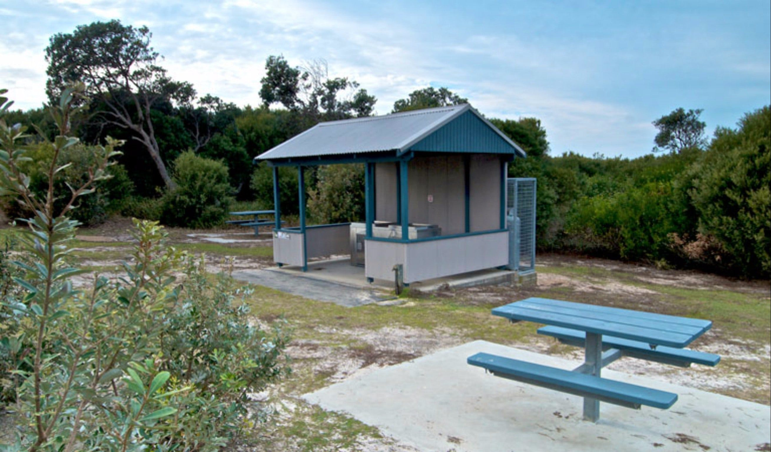 Tea Tree picnic area and lookout - VIC Tourism