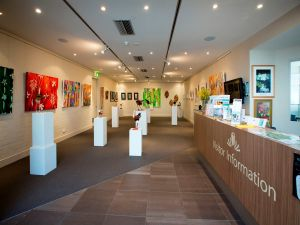 Australian National Botanic Gardens Visitor Centre Gallery - VIC Tourism