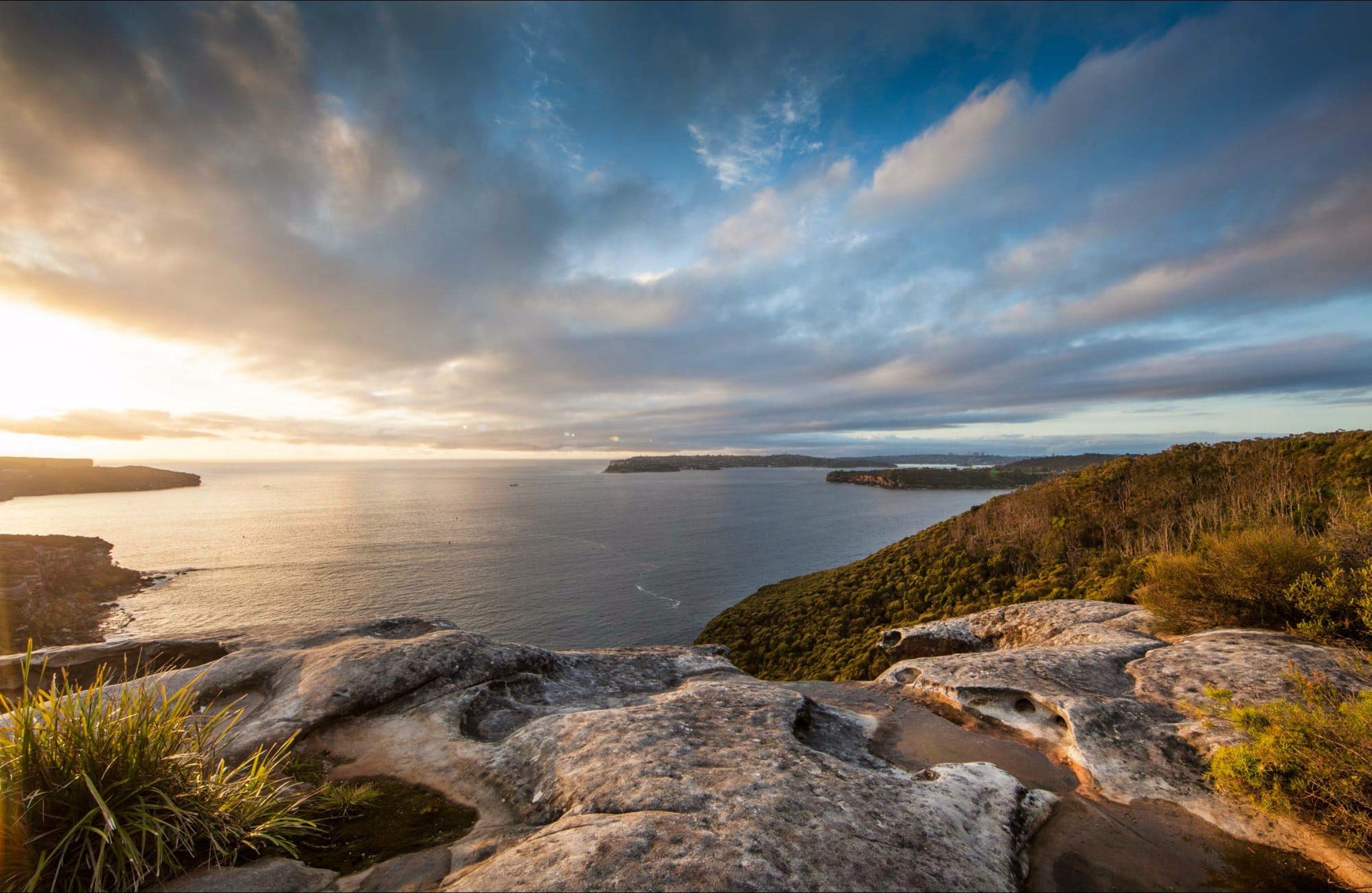 Arabanoo lookout at Dobroyd Head - VIC Tourism
