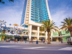 The High Street Surfers Paradise - VIC Tourism