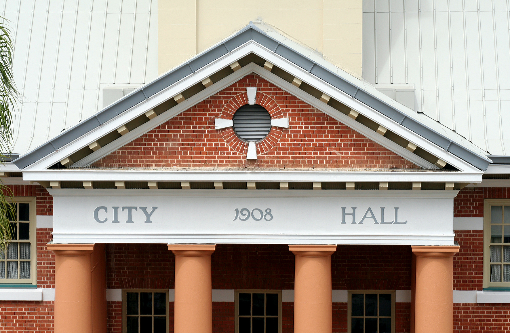 Maryborough City Hall - VIC Tourism