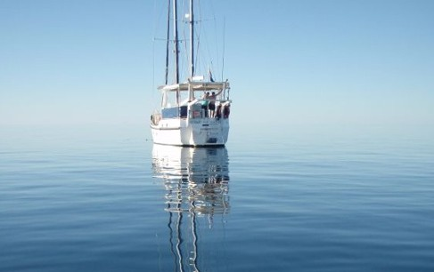 A Whitsunday Luxury Sailing Holiday - VIC Tourism