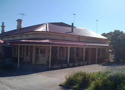 Old Bush Inn - VIC Tourism