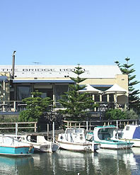 Doyles Bridge Hotel - VIC Tourism