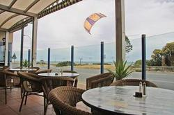 Henley Beach Hotel - VIC Tourism