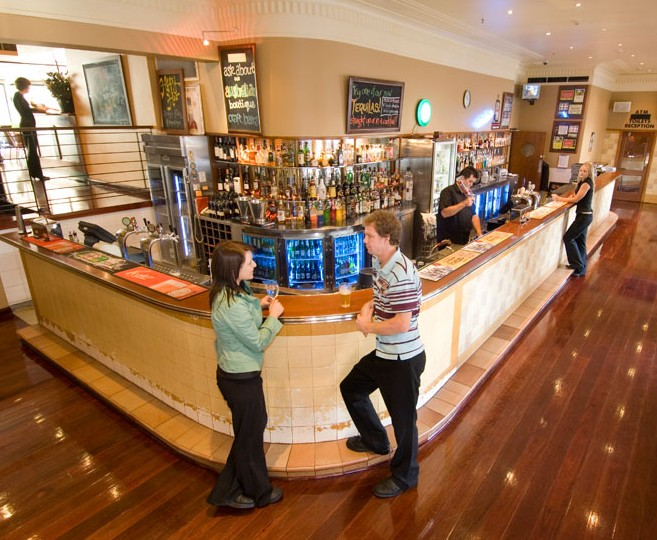 The Clarendon Hotel - VIC Tourism