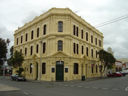 Railway Hotel - VIC Tourism