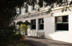 O'Connells Centenary Hotel - VIC Tourism