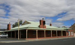 Huntington Tavern - VIC Tourism