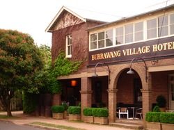 Burrawang Village Hotel - VIC Tourism