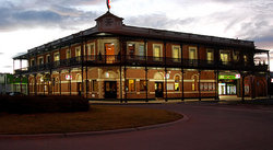 The Grand Terminus Hotel - VIC Tourism
