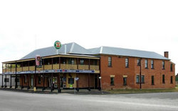 Bundarra Hotel - VIC Tourism