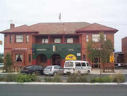Commercial Hotel Hayfield - VIC Tourism