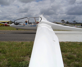 Bathurst Soaring Club - VIC Tourism