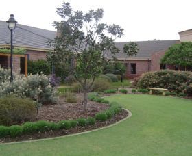 Camden Lakeside Country Club - VIC Tourism